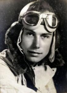 WW2 RAF veteran Tom Sayer, Bottrells Lane, Chalfont St Giles. Tom in 1941.